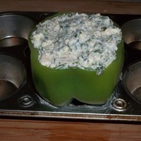 Chicken and Spinach artichoke dip stuffed bell peppers Recipe