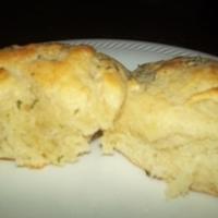 Garlic Buttermilk Dinner Rolls Recipe