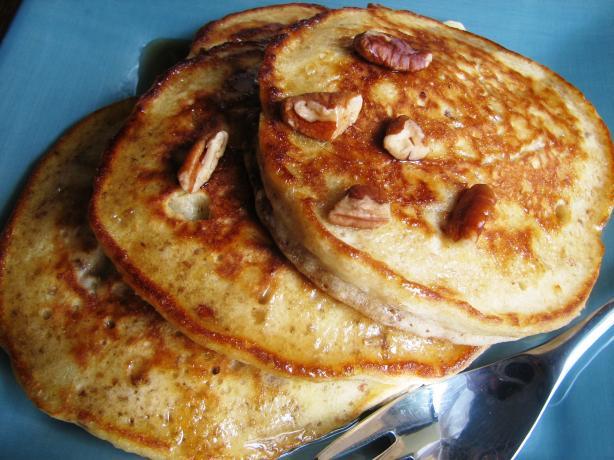 Fluffy Pecan Pancakes