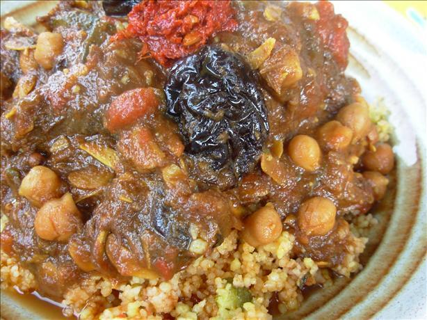 L'ham Lahlou - Algerian / North African Sweet Lamb Dish.
