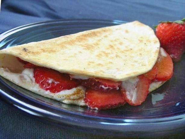 Fruit and Cinnamon Quesadilla