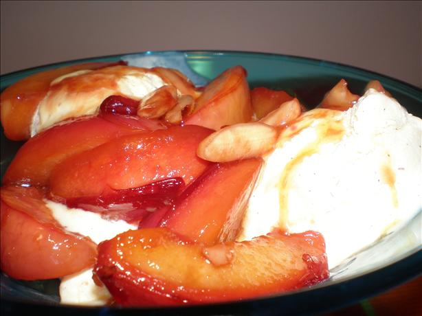 Warm Nectarines With Almonds and Vanilla Ice Cream - Sweden