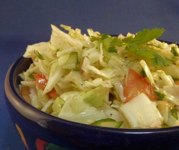 Garlic Coleslaw (Col Con Aderezo De Ajo)