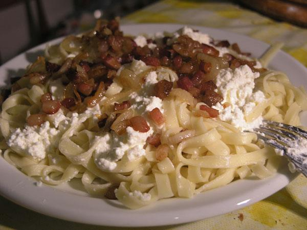 Croatian Cheese Noodles