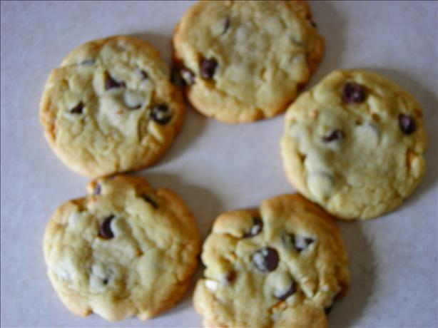Yummiest Chocolate Chip Cookies
