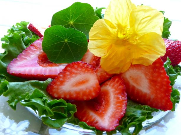 Strawberry-Nasturtium Salad