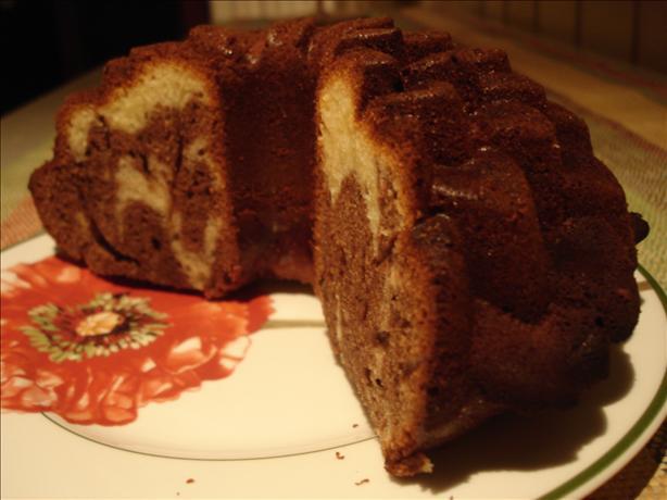 Black & White Swirl Cake