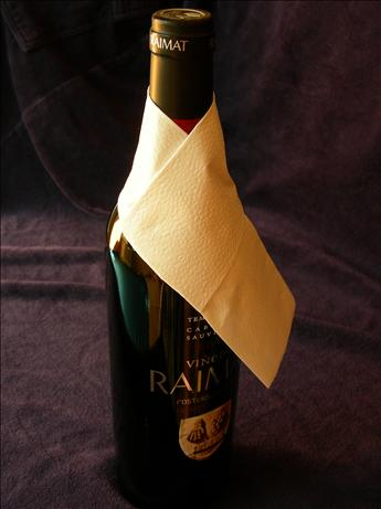 Napkin/Serviette Folded for Bottle Service