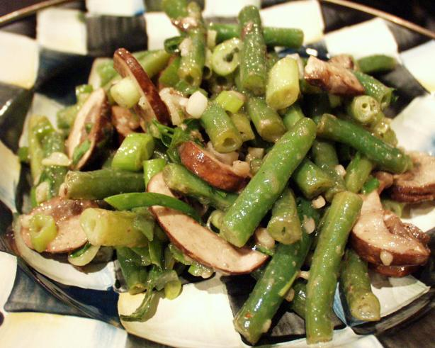 Baby Bella and Green Bean Salad