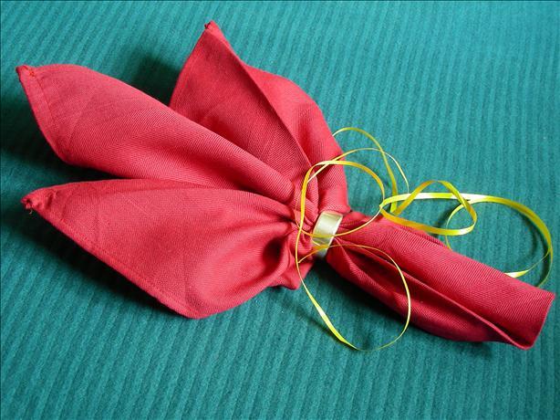 Serviette/Napkin, Tulip Fold.