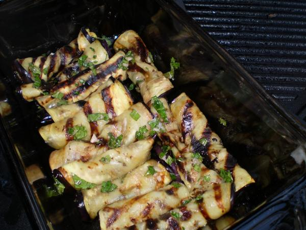 Grilled Eggplant Rolls With Mint and Garlic Dressing