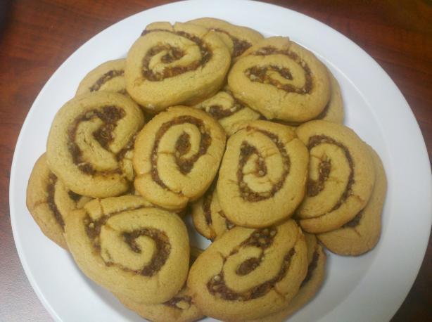 Shirley's Date Nut Pinwheels - Christmas