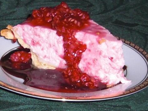 Raspberry Mousse Pie (Pillsbury)