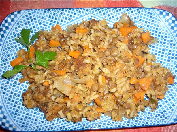 Fakorizo ( Lentils With Rice)