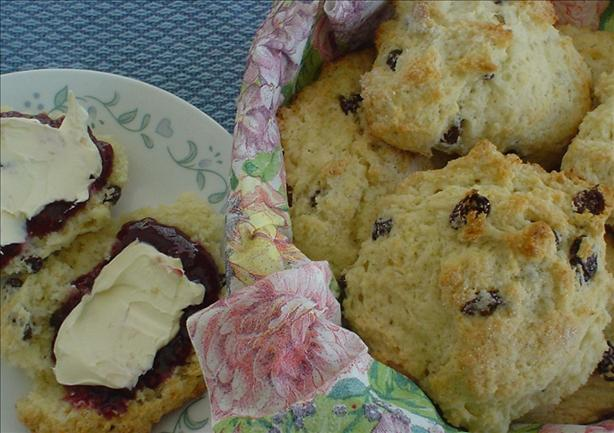 Best Buttermilk Raisin Scones