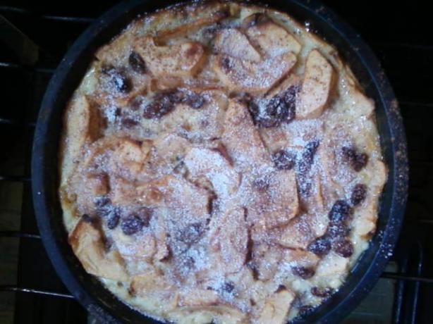 Apple and Cinnamon Clafouti