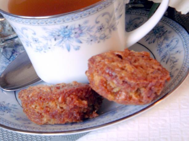 Glen's Pecan Pie Muffins