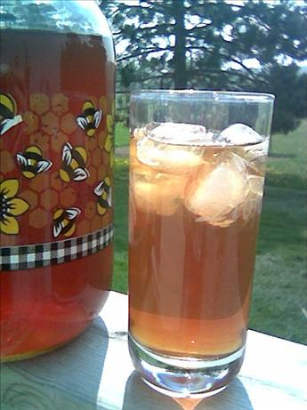 Solar-Powered, Sun-Brewed Iced Tea