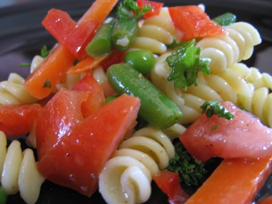 Summertime Garden Veggie Pasta Salad