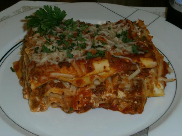 Lasagna Bolognese (Lasagna Al Forno)
