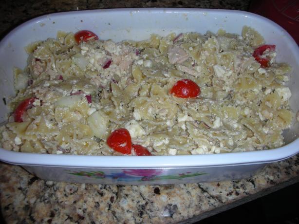 Greek-Style Tuna and Bow Tie Pasta Salad