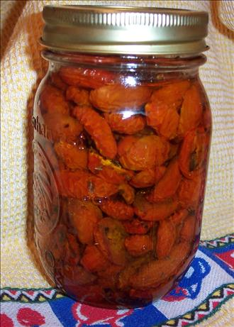 Italian oven-dried tomatoes in Olive Oil
