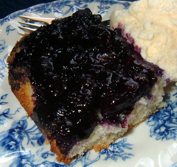 Blueberry Upside Down Cake -- Pouding Aux Bleuets