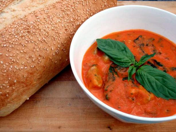 Roasted Red Pepper & Tomato Soup With Spinach Gnocchi