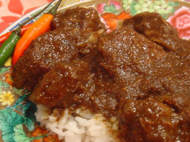 Rendang Padang - Indonesian Beef Curry (Slow Cooker)