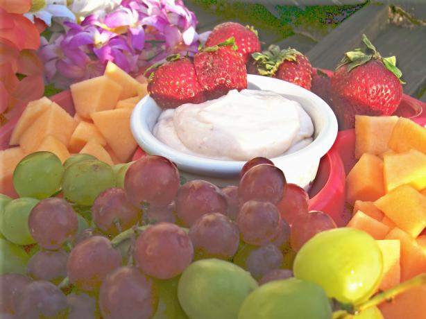 Delicious and Simple Fruit Dip