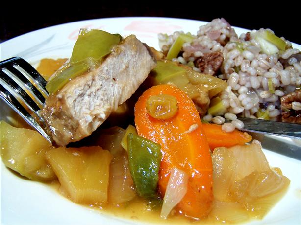 Hawaiian Appled Pork Chops With Carrots