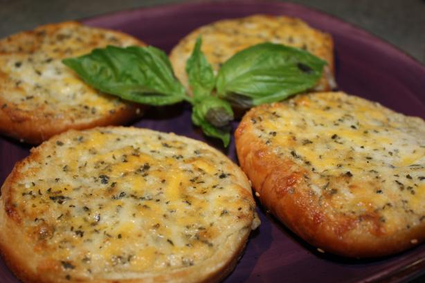 Go-Go Garlic Bread