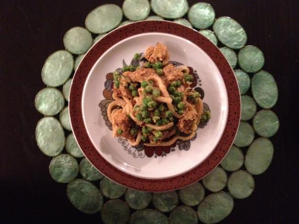 Tempeh Cashew Noodles