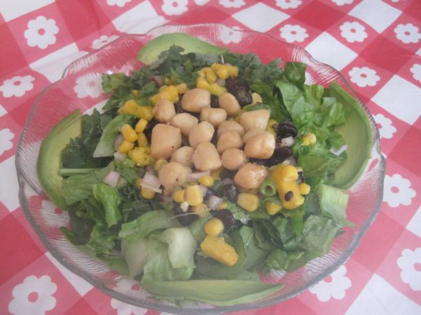 Spicy Scallop Salad With Black Beans and Mango