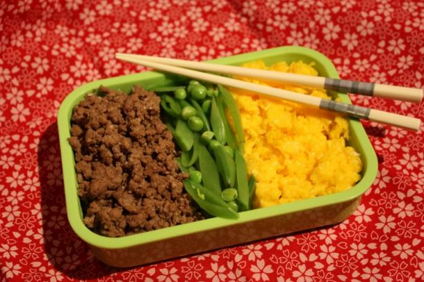 Iri Iri Pan Pan Aka Mom's Super-Scrambled Eggs and Ground Beef