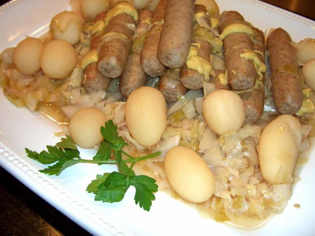Beer Brats With Cabbage Kraut