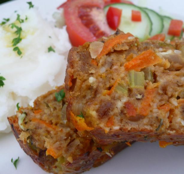 Crunchy Vegetarian Nut Loaf