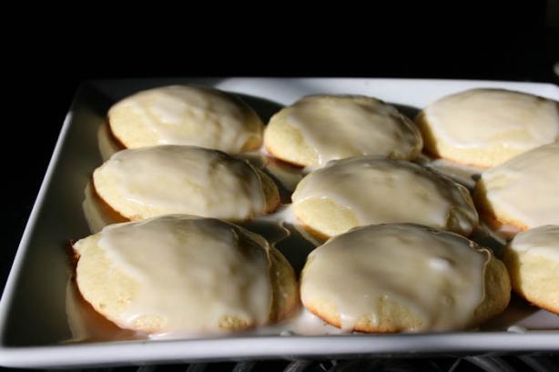 Lemon Ricotta Cookies With Lemon Glaze