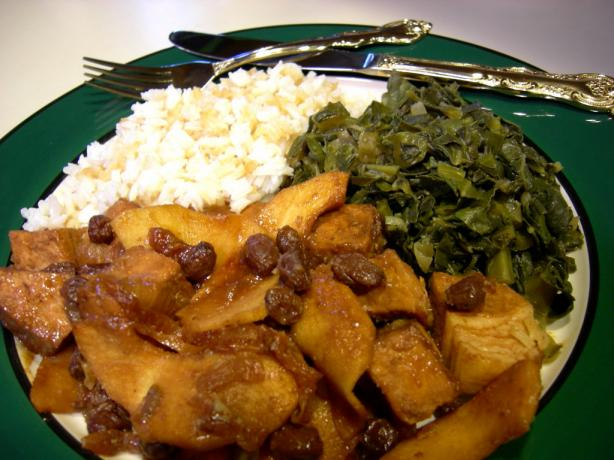 Cubed Pork With Apples and Onions and Raisins