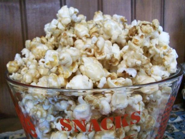 No Kernel Caramel Puff Popcorn