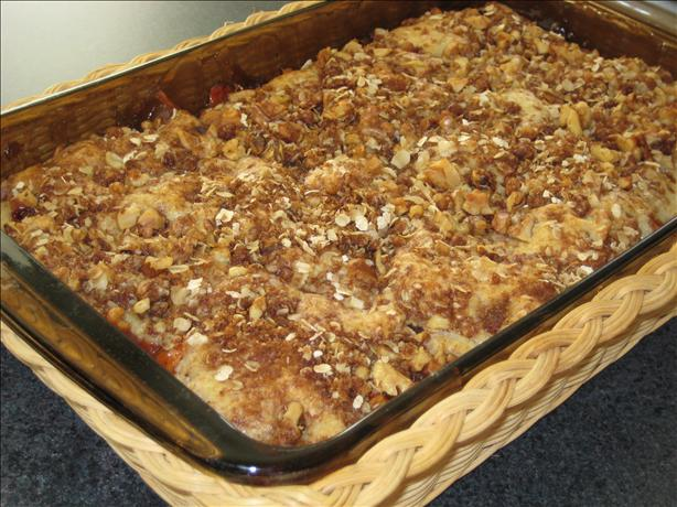 Fall Apple Cobbler With Streusel Topping