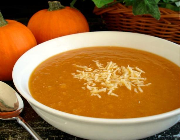 Tuscan Pumpkin White Bean Soup