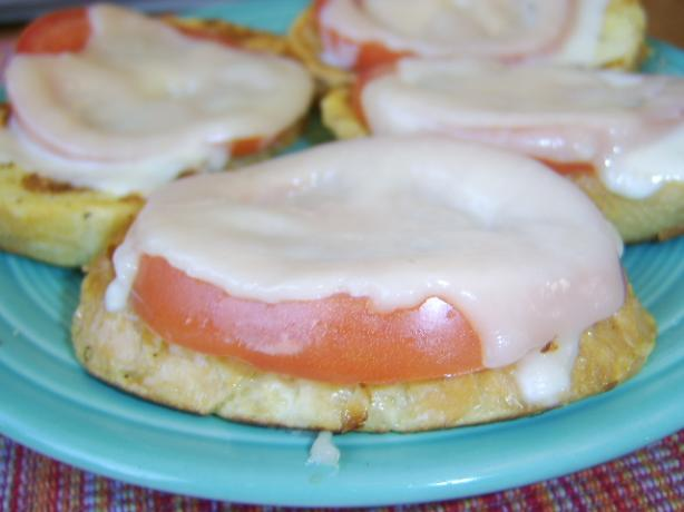 Tomato Lunch Toasts