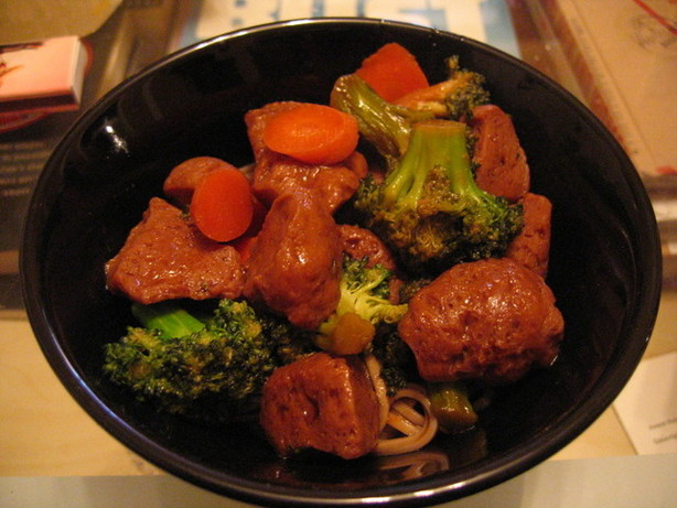 Vegan Seitan Noodle Bowl