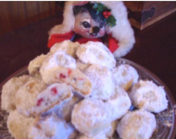 Holiday Confetti Snowballs