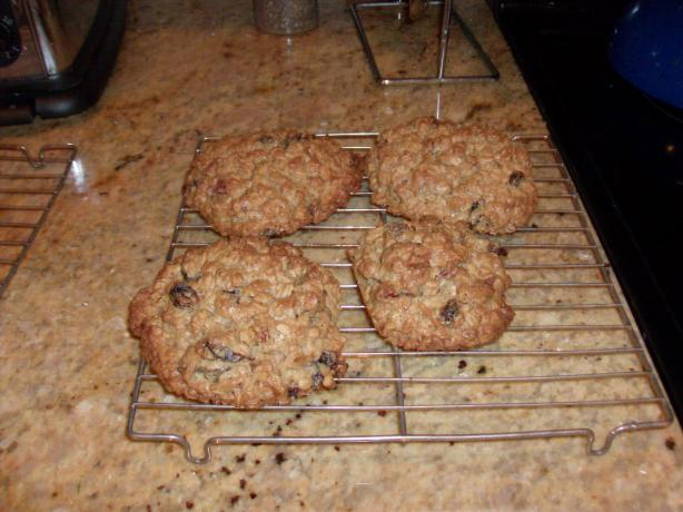Mookie (Oatmeal Cookies)