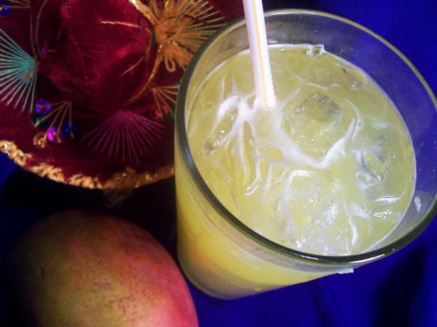 Non-Alcoholic Mango Margaritas