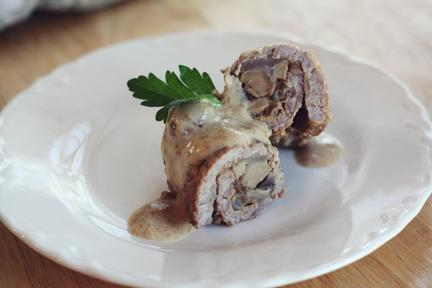 Zrazy Zawijane (polish Beef Roulade in Sour Cream Sauce)