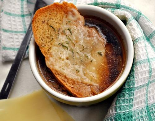 French Onion Soup With Cheese Croutons