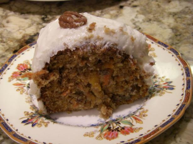 Honey Pecan Carrot Cake